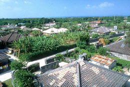 【沖縄の昔ながらの風景が残る町並み/竹富島】写真